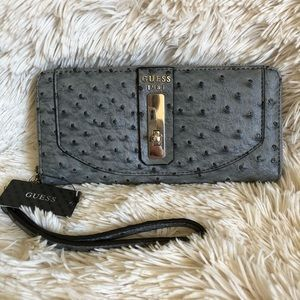 GUESS Kingsley SLG Large Zip Around